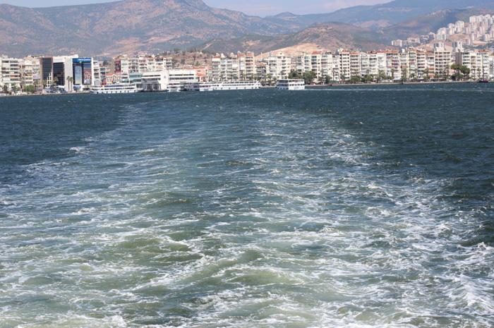 Fähre-Izmir