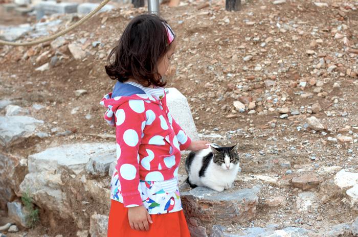 Kind-und-Katze