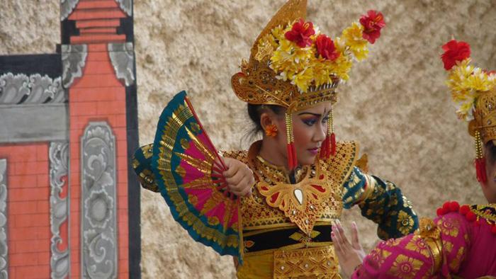 Balinese-Dance,-Garuda-Wisnu-Kencana