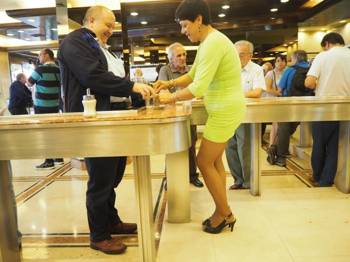 Café con piernas Santiago de Chile