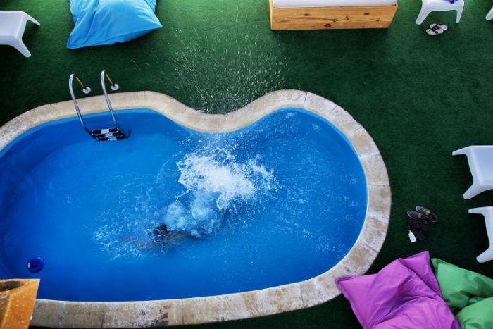 Pool Planet Surfcamp Corralejo