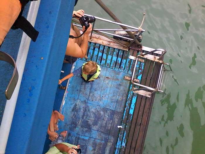 Aaron-auf-Bootstour-in-Thailand-(Phuket)