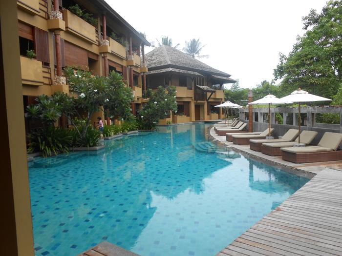 Deva-Samui---Hotelpool