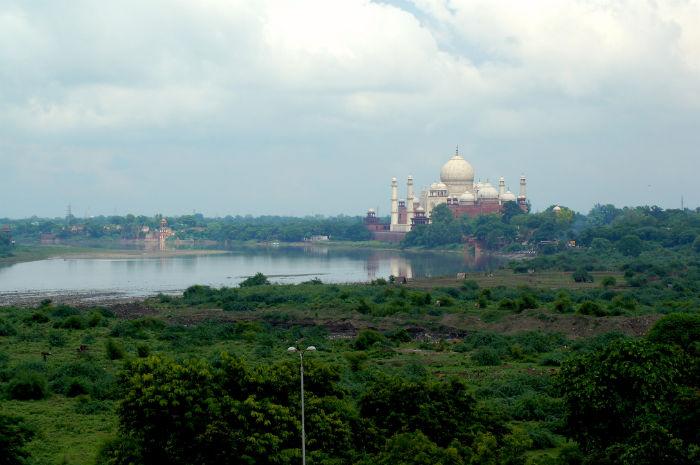 Taj Mahal von Weitem