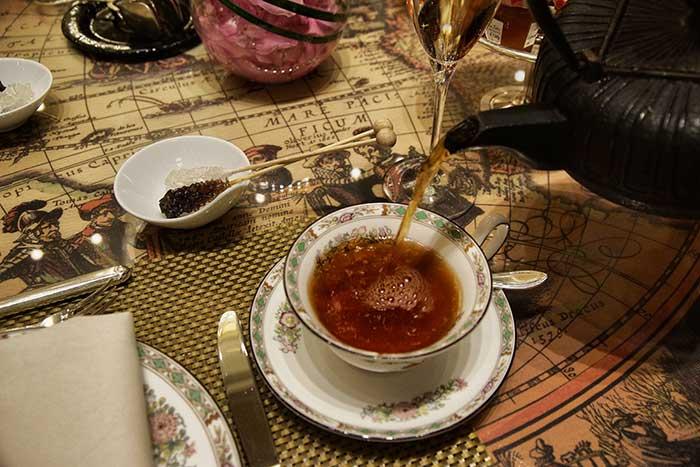 Tea Time im Ritz-Carlton