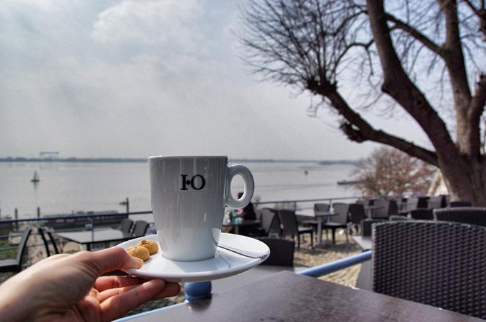 Blankenese Cafe