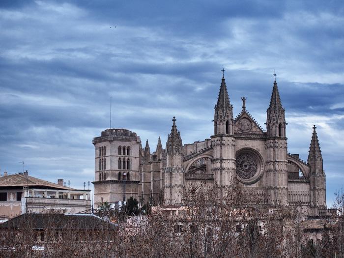 catedral-aussen2