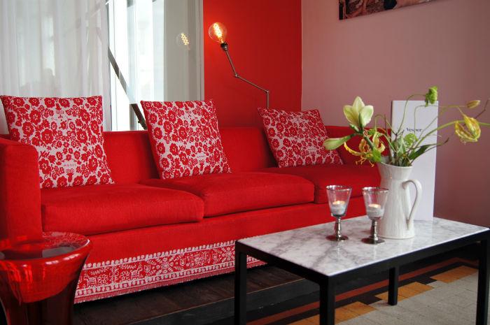 Couch Vesper Hotel