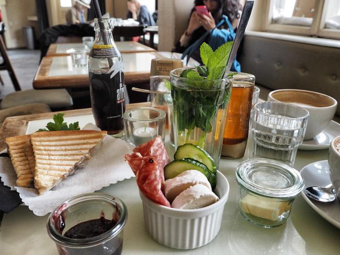 Frühstück-Cafe-Liebling