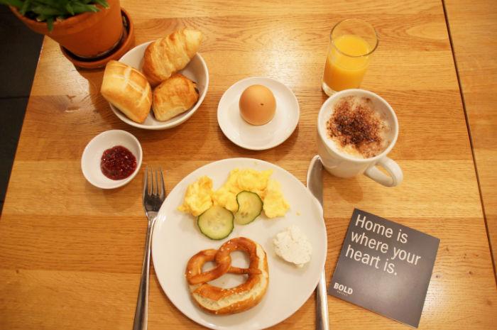 Leben_im_Hotel_Bold_Frühstück