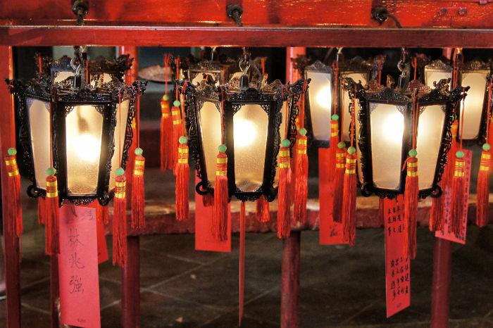 Hong Kong Lampen im Tempel