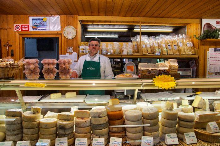 Käsetheke in Italien