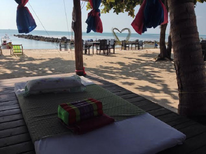 Ko Samui - massage on the beach