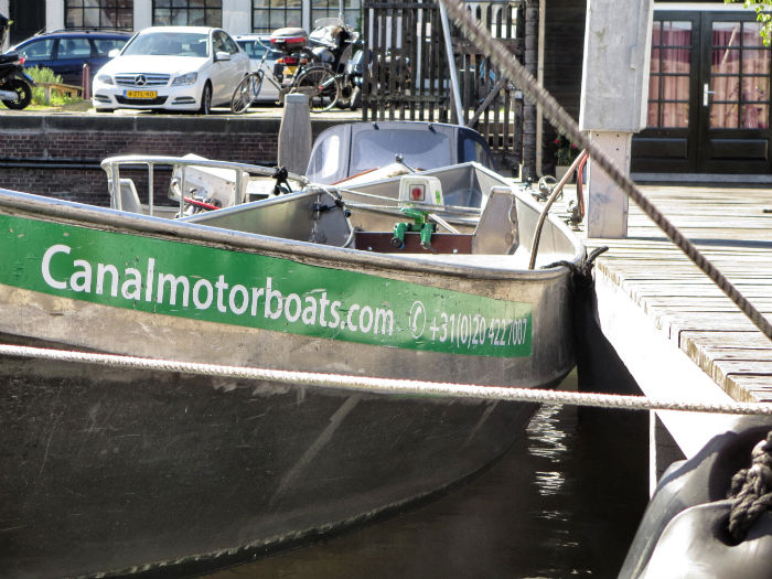 Amsterdam_mit_dem_Boot_Canalboat
