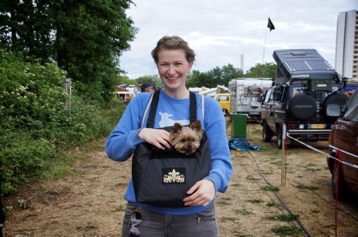 Midsummer_Bulli_Festival_Hund