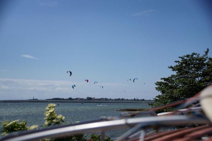 Kitesurfen auf dem Midsummer Bulli Festival
