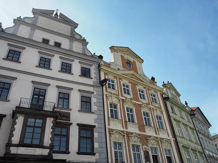 Prag_rundeHäuser