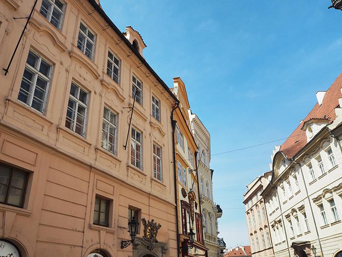 Prag_orangeStraße