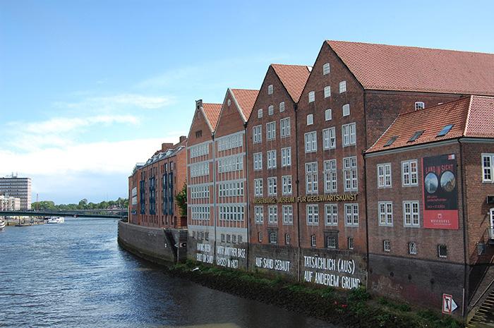 Wochenende-in-Bremen_BlickaufWeserburg_Snapseed
