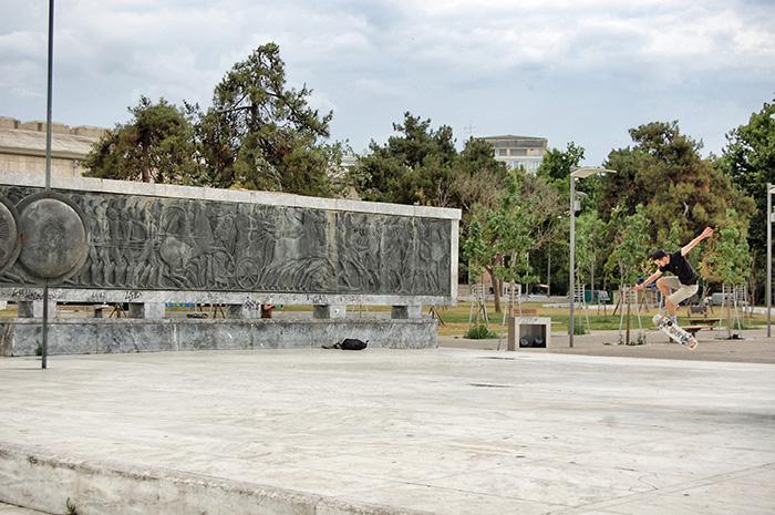 urlaub-in-thessaloniki-skateboard
