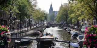 Amsterdam Grachtentour: Erlebe die Stadt mit dem Boot