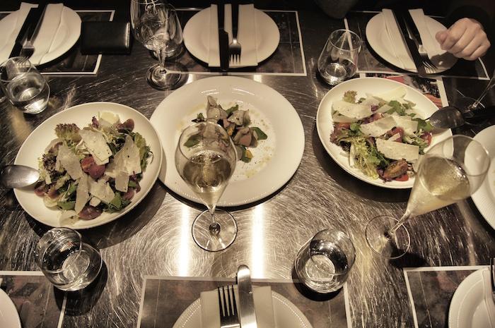 essen-in-hong-kong-dinner