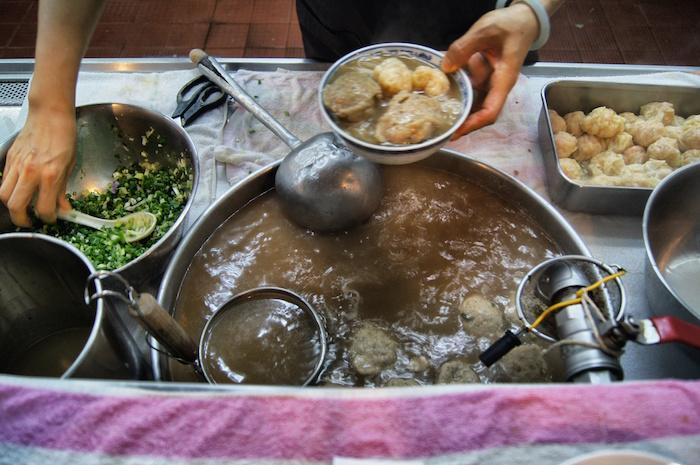 essen-in-hong-kong-fischsuppe-restaurant