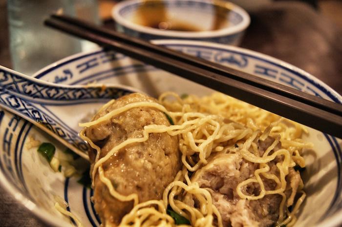 essen-in-hong-kong-fischsuppe