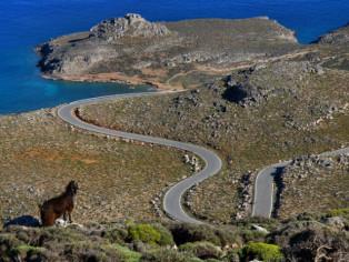 Land Rover Adventure Greece_Aussicht_Sepentinen_nah