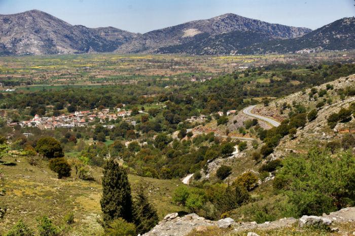 Roadtrip-auf-Kreta-Land Rover Adventure Greece_Landschaft
