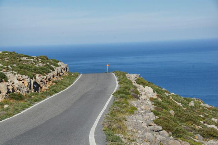 Roadtrip-auf-Kreta-Land Rover Adventure Greece_Meerblick