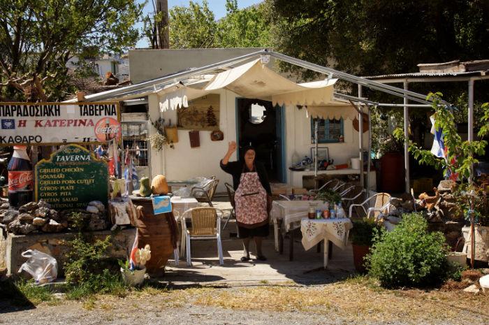 Roadtrip-auf-Kreta-Landrover_Adventure_Greece_Locals