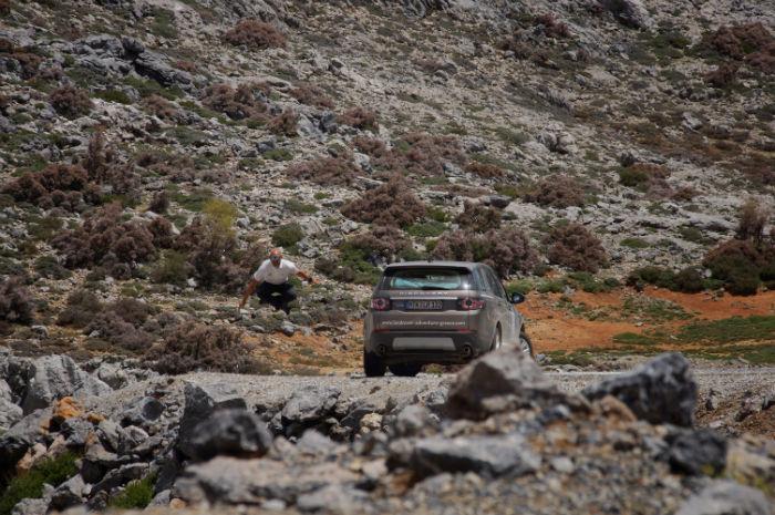 Roadtrip-auf-Kreta-Landrover_Adventure_Greece_Steinwüste