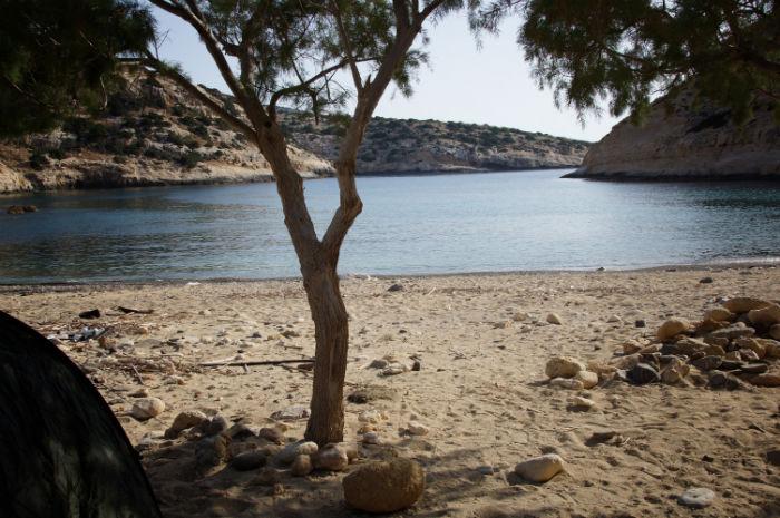 Roadtrip-auf-Kreta-Landrover_Adventure_greece_Zeltausblick