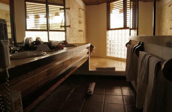 St-Lucia-anse-chastanet-Dusche