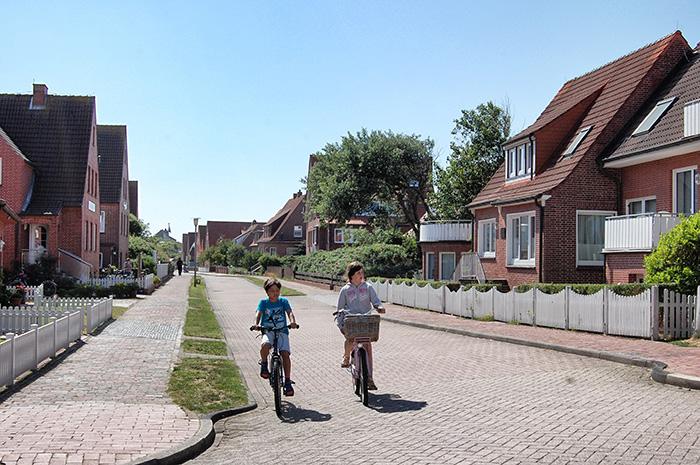 Kinder auf Rädern
