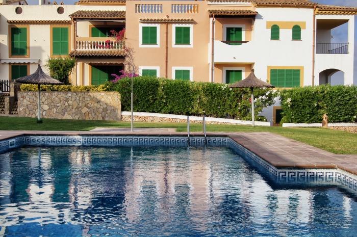 wochenende-auf-mallorca-pool