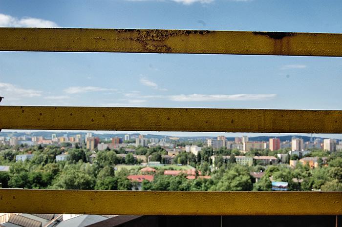 Colours-of-Ostrava_Aussicht-mit-gelben-Balken