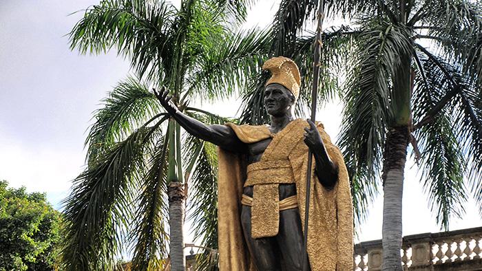 Oahu_Kînig-Kamehameha-Honululu
