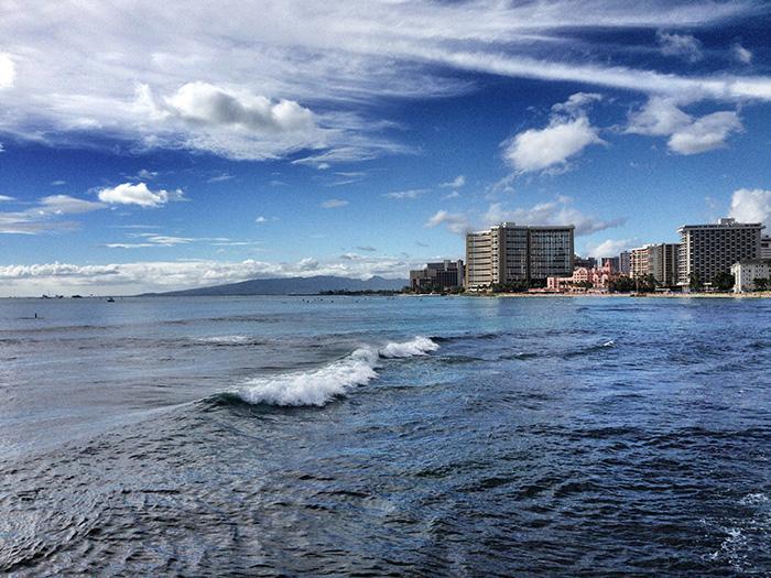 Oahu_StrandSkyline