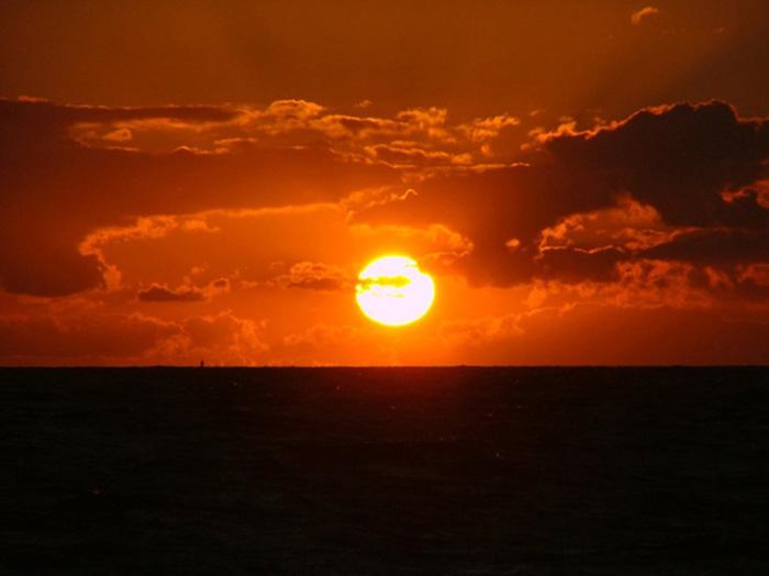 tollsten-Sonnenuntergänge-der-Welt_Christin-Müller_Kloster-auf-Hiddensee_Juni-2011