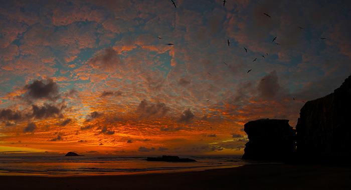 tollsten-Sonnenuntergänge-der-Welt_Florian-Pahler_Maori_Bay_19.20-Uhr
