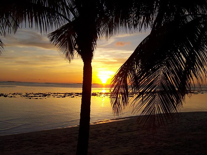 tollsten-Sonnenuntergänge-der-Welt_Fritz-Klappenecker_MaledivenVilhamendoo