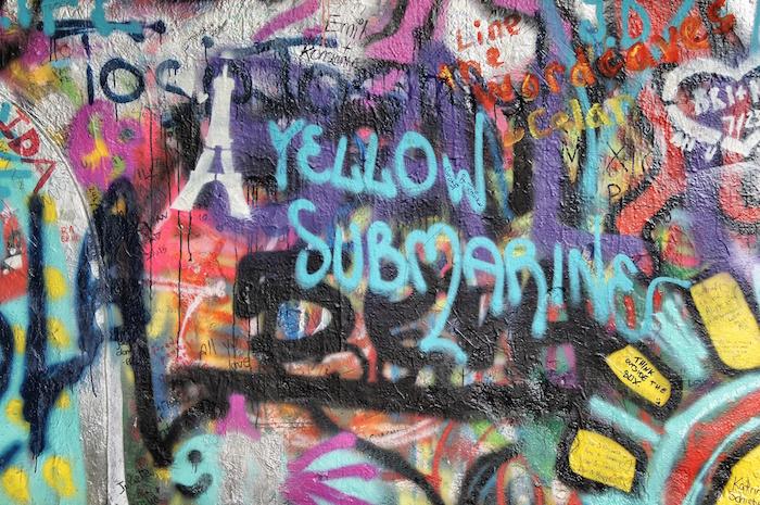 urlaub-in-prag-john-lennon-wall