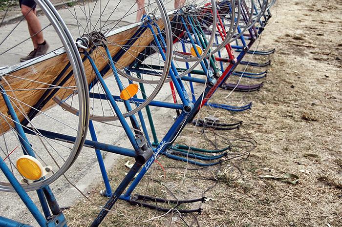 Colours-of-Ostrava_Fahrradständer