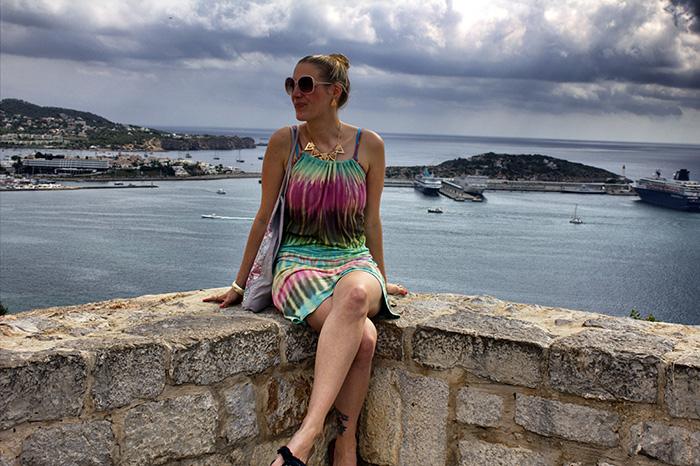 Ibiza-Mauer-am-Meer