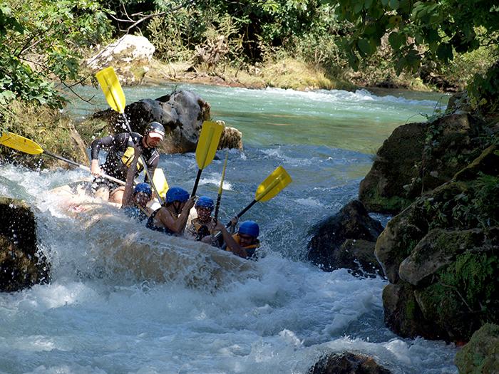 dalmatien_reisetipps_Cetina_Rafting_Omis