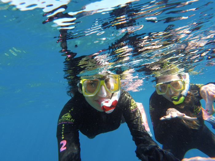 Christine-and-Maider-Great-Barrier-Reef