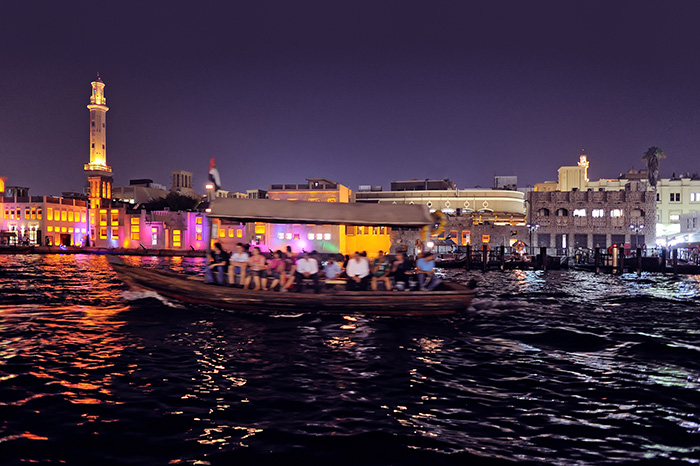 dubai_stopover_Deira-Creek-and-the-Abra