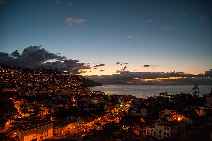 Madeira_Funchal_bei_Nacht